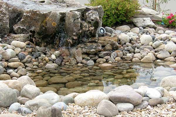 eau cascade